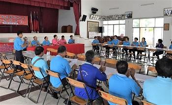 為提升華教品質,清邁地區華校成立聯合會並定期舉辦座談會,合作研議教學、師資及募集資源等事項(清邁地區華文學校聯合會提供)。
